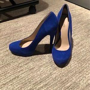 Aldo Size 40 Blue Suede Pumps